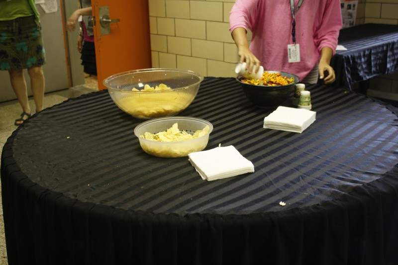 Some of the parents helped by providing and serving snacks for the guests.