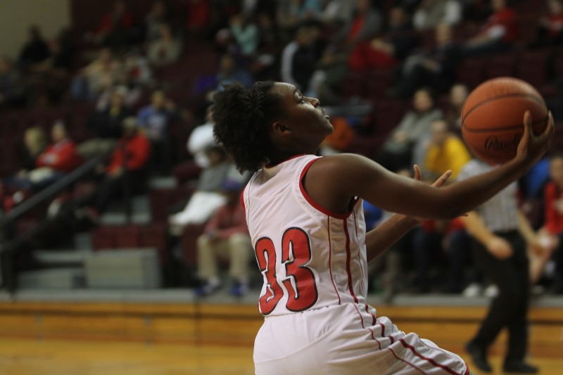 Jaela Johnson (10, #33) goes up for a layup. Photo by Jordyn Stumpf.