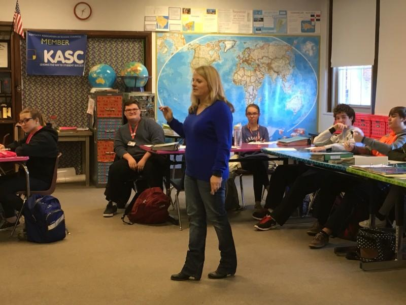 Ms. Allison Hunt teaches her APHG students. Photo by Olivia Evans.