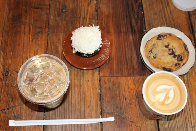 We had an iced latte, a chocolate coconut cupcake, a latte and a chocolate chip cookie.